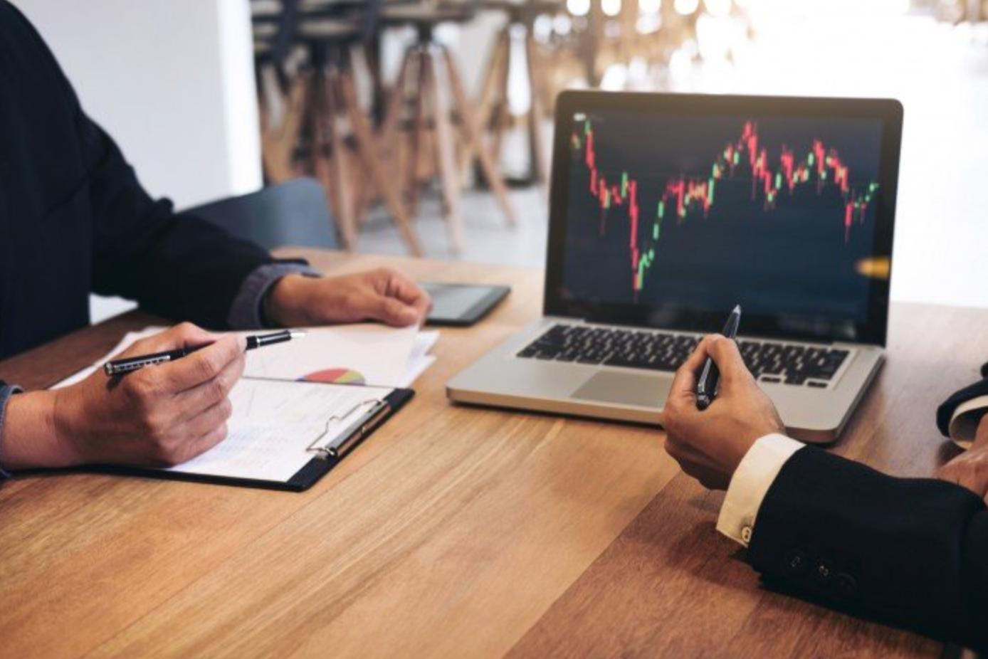 Trading : les meilleures actions à cibler en 2021